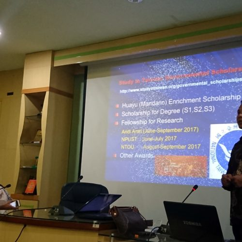 International Office Shares Info on Study in Taiwan