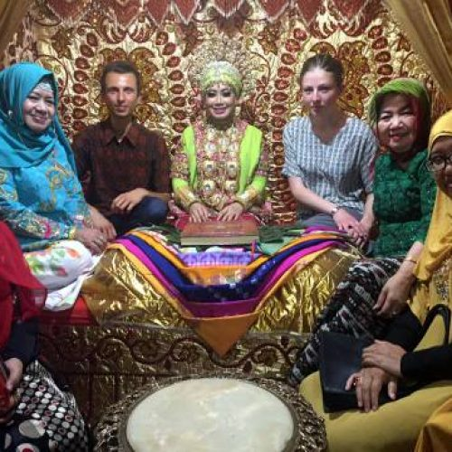 Matthieu & Pauline Joins Bugis-Makassar Wedding Event